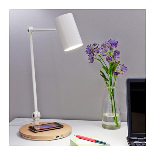 RIGGAD - LED工作燈連無線充電座, 白色   IKEA 香港及澳門 - PE514215_S4
