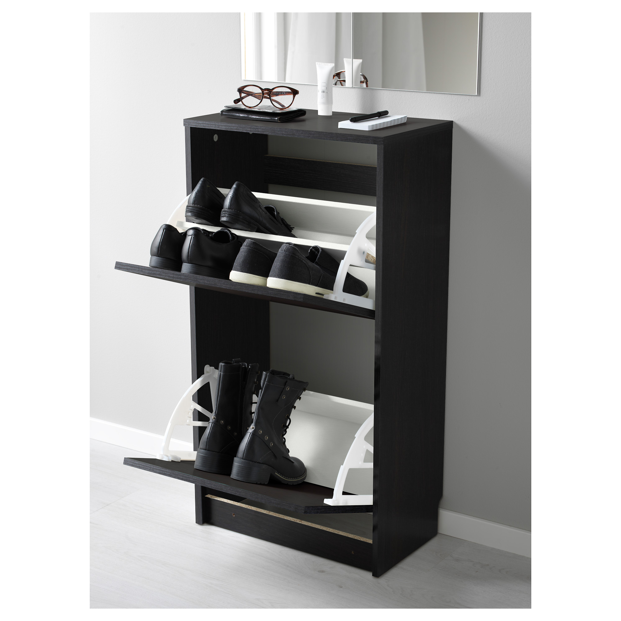 BISSA - shoe cabinet with 2