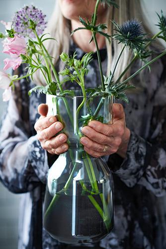 OMTÄNKSAM - 花瓶, 淺灰色   IKEA 香港及澳門 - PH169129_S4