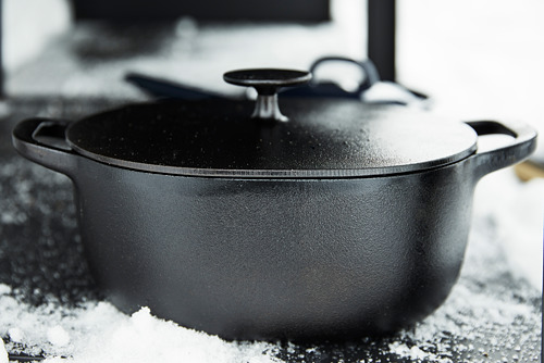 VARDAGEN - casserole with lid, cast iron | IKEA Hong Kong and Macau - PE792618_S4