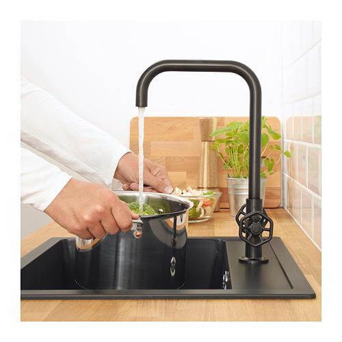 GAMLESJÖN - 雙控廚房冷熱水龍頭, 刷面金屬黑色 | IKEA 香港及澳門 - PE658820_S4