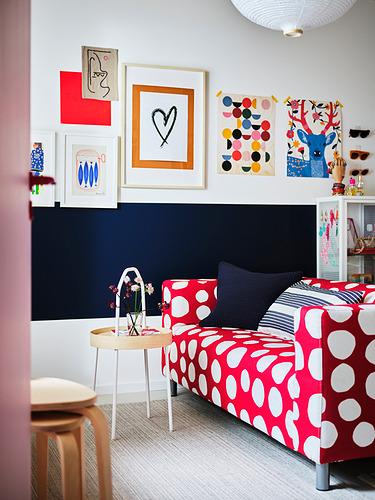 KLIPPAN - 2-seat sofa, Storvreta red/white | IKEA Hong Kong and Macau - PH180200_S4