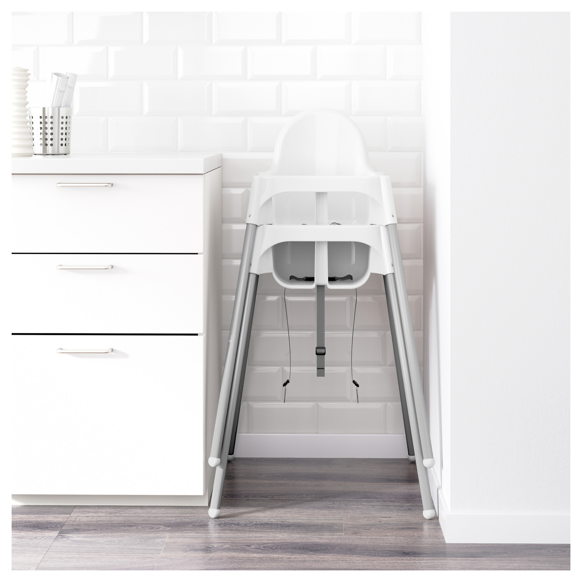 Excellent Antilop Highchair With Safety Belt White Silver Colour Caraccident5 Cool Chair Designs And Ideas Caraccident5Info