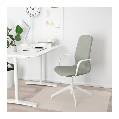 LÅNGFJÄLL conference chair with armrests, gunnared light green/white