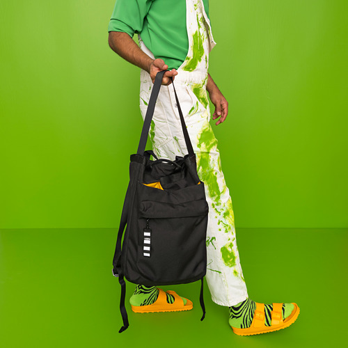 VÄRLDENS - travel tote bag, 16 l, black | IKEA Hong Kong and Macau - PE817539_S4