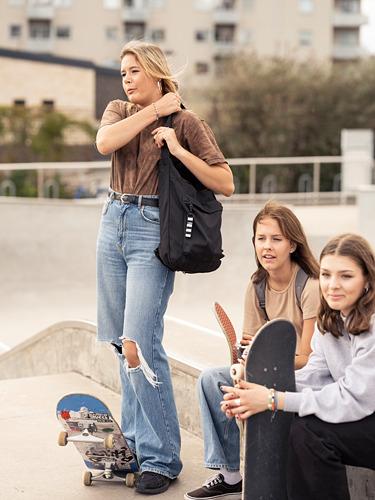 VÄRLDENS - 旅行用手提袋, 16 l, 黑色  | IKEA 香港及澳門 - PE818093_S4