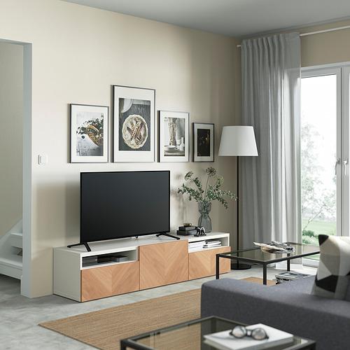 BESTÅ - 電視几連抽屜/門, white/Hedeviken oak veneer | IKEA 香港及澳門 - PE821463_S4