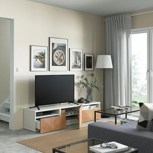BESTÅ - 電視几連抽屜/門, white/Hedeviken oak veneer | IKEA 香港及澳門 - PE821405_S4