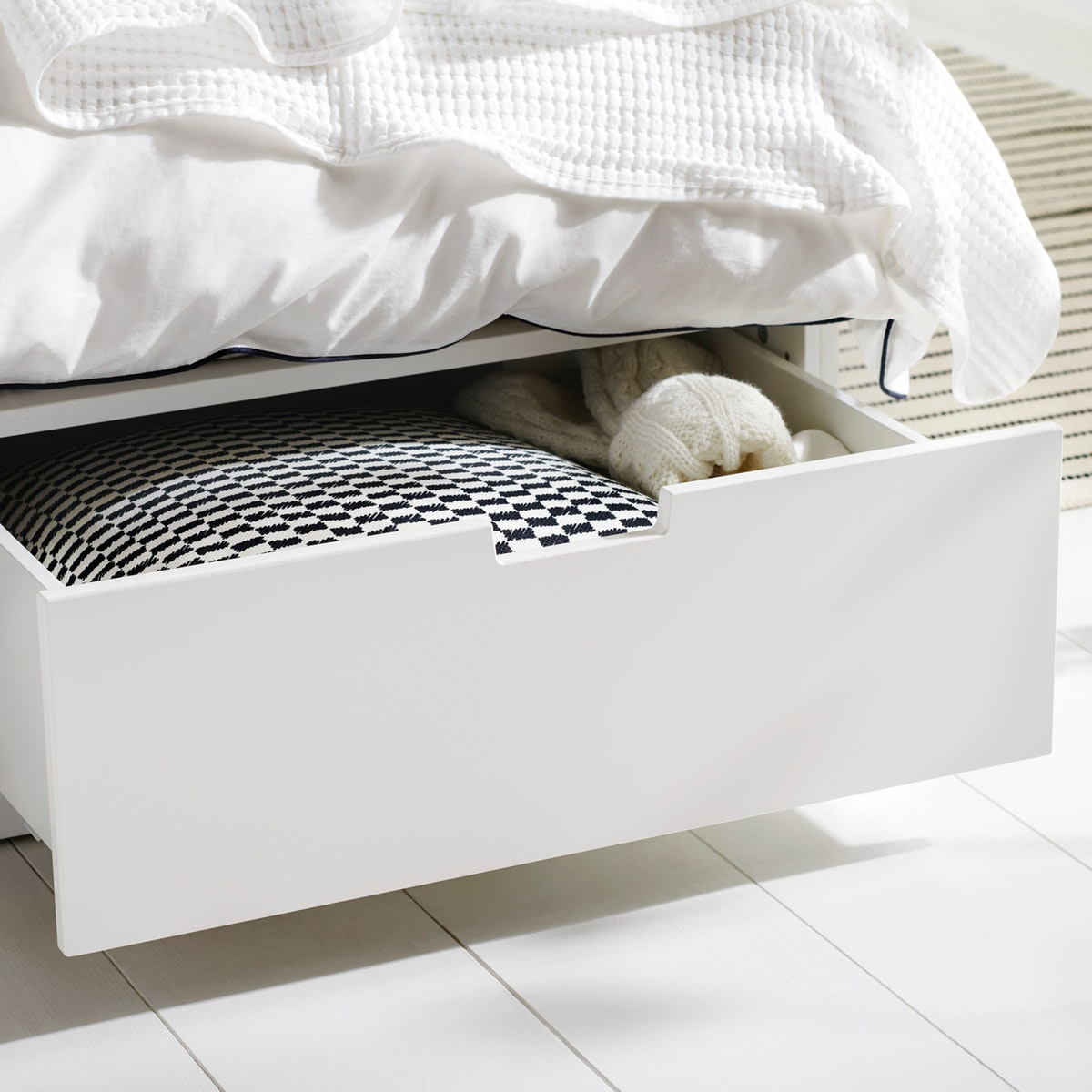 ikea-bed-drawers