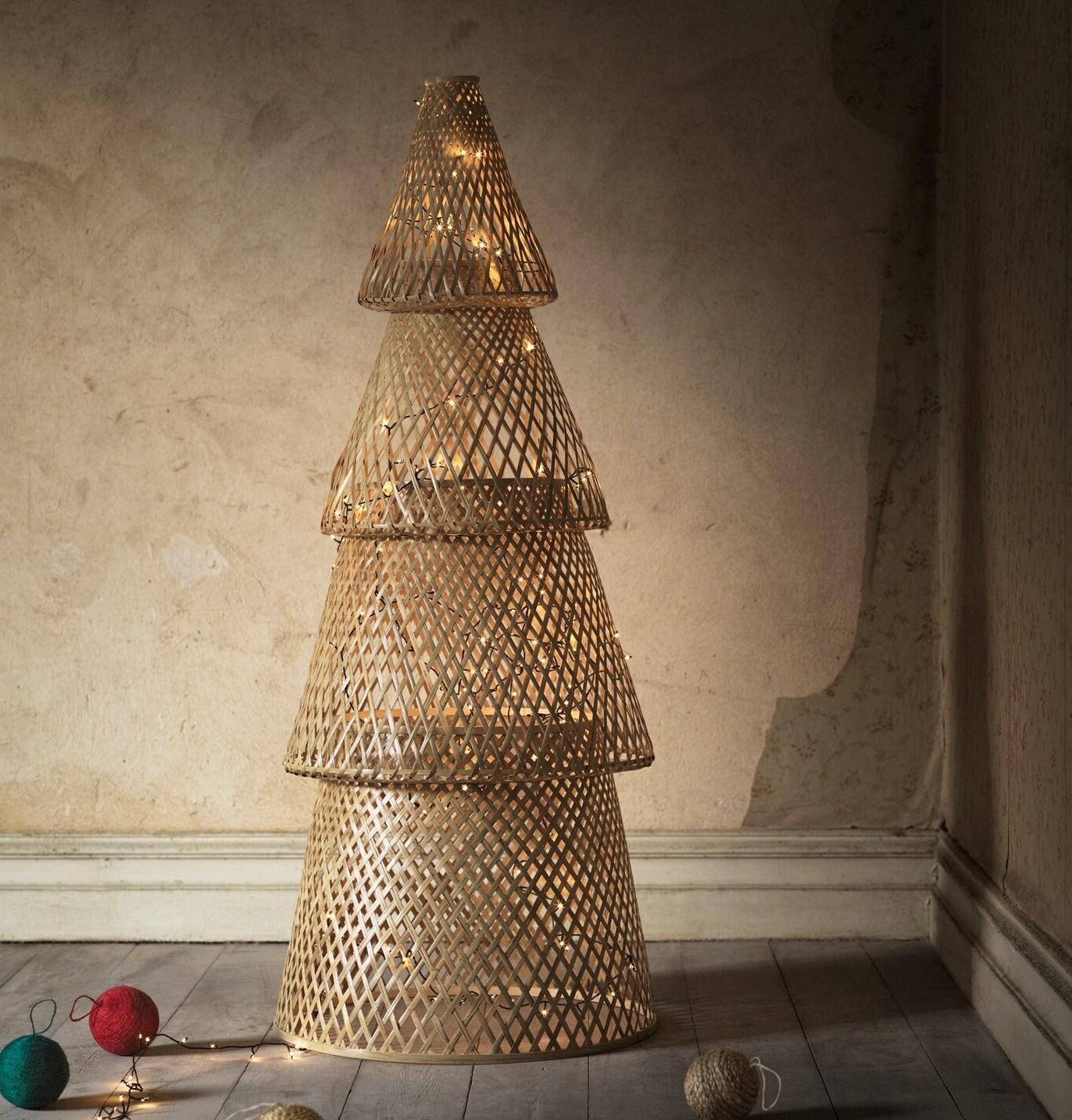 ikea-christmas-tree-2020
