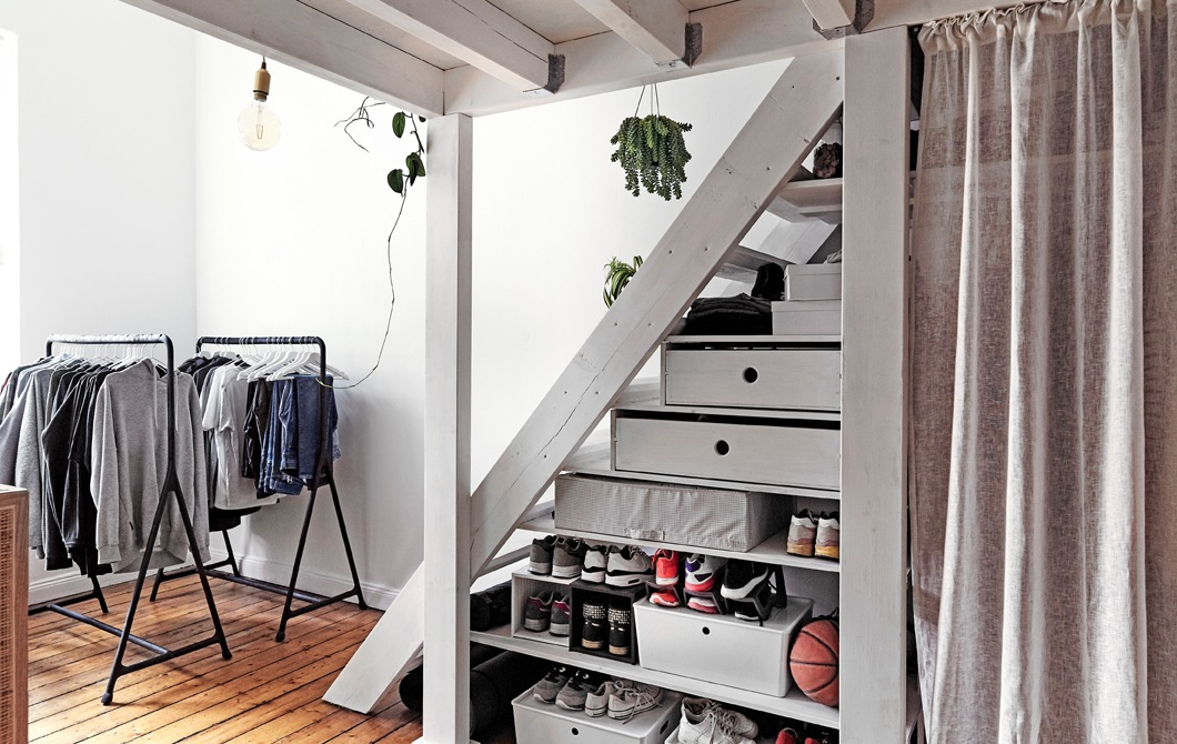 Home visit: bedroom storage for an awkward space │ IKEA