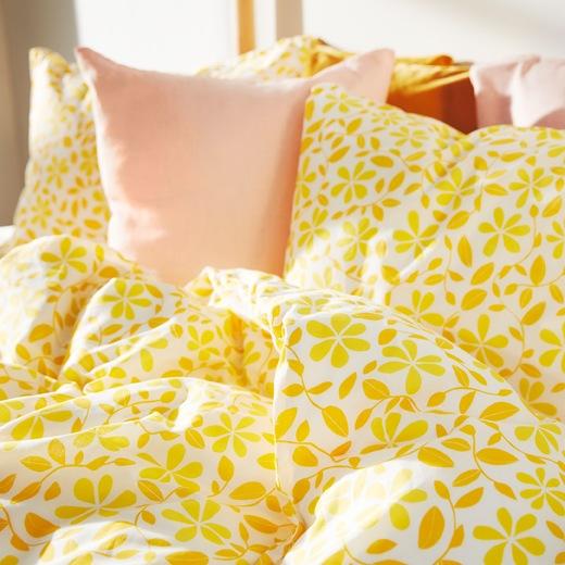 宜家家居全新JUVELBLOMMA床上用品綴以鮮黃色碎花圖案,並以環保棉花製造。