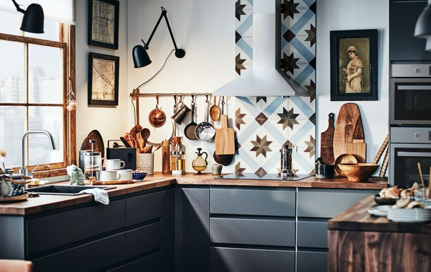 Home 1| A communal kitchen that does it all