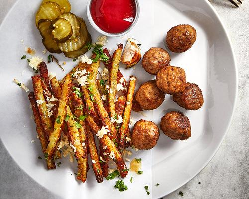 Swedish meatball with RÖSTI fries image
