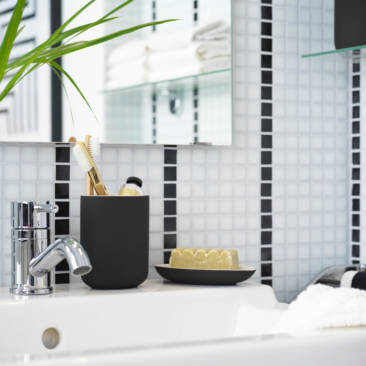 Smooth bathroom routines with easy to reach storage