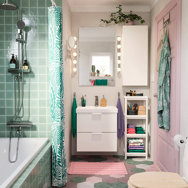 A bright and bubbly bathroom