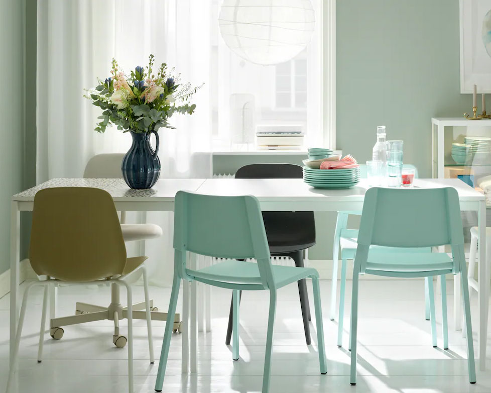 Get set for more guests with these extendable dining table ideas