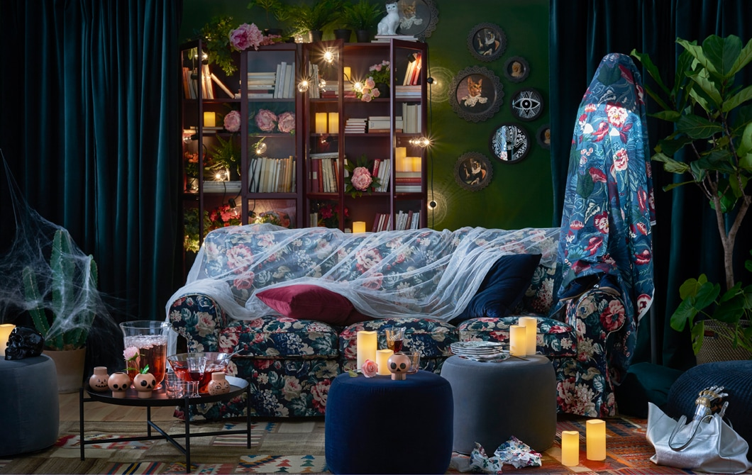 Turn a living room into a dramatic scene