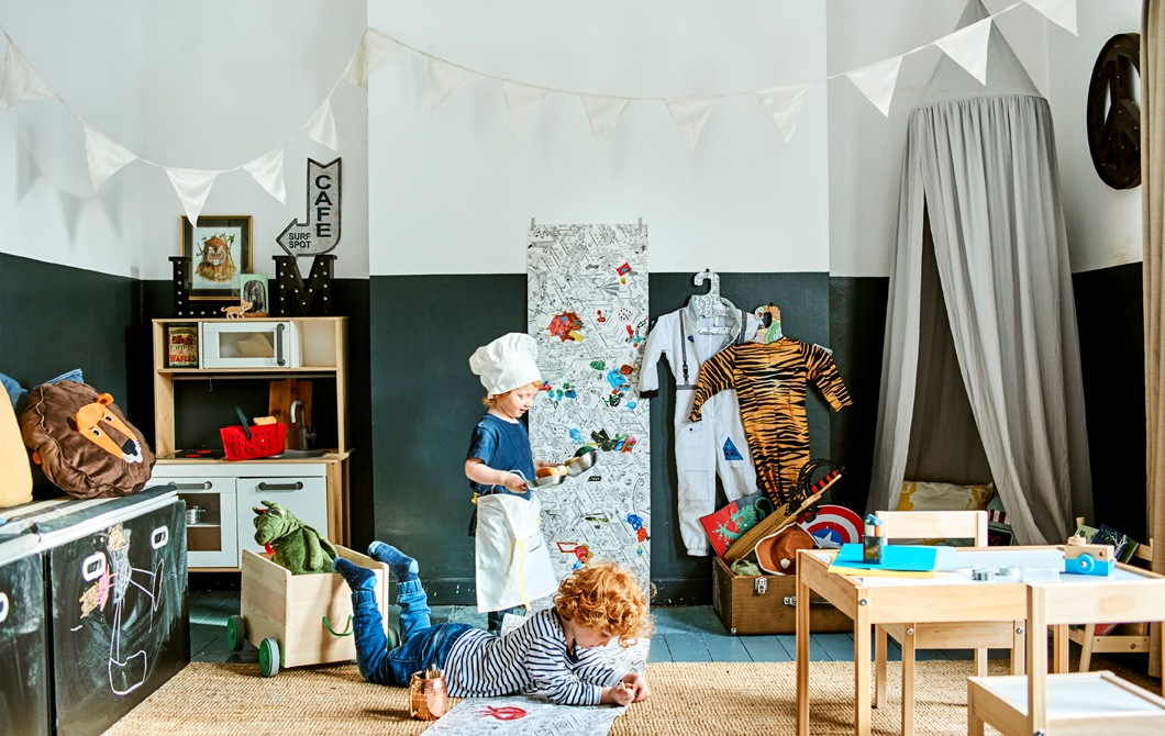 Home visit: create fun zones in a kids' playroom
