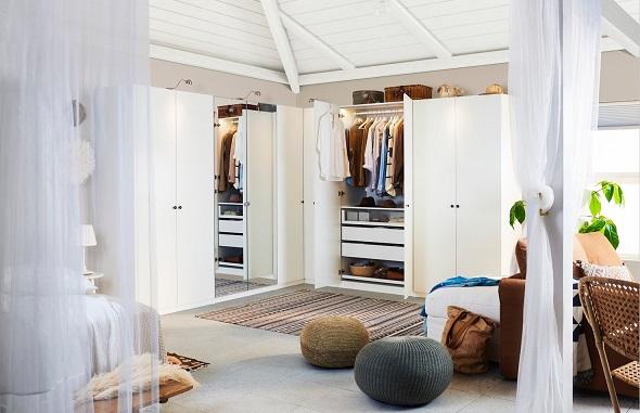 Organise your wardrobe
